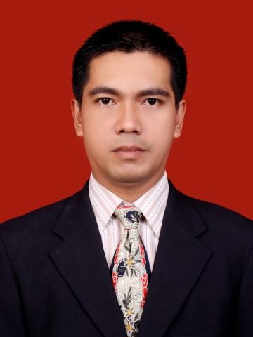 04.Fickri, S.IP.,M.M
